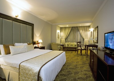 Hotel-Sarina-rooms