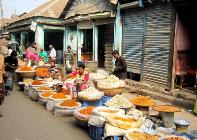 A village market in Shavar