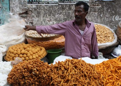street-vendor-old-dhaka