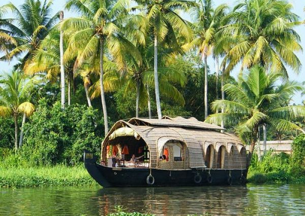07 Days / 06 nights: Kerala Tour Package